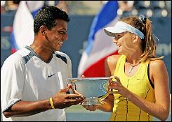ダニエラ・ハンチュコワ 優勝♪:'05全米オープンテニス(ミックスダブルス):ハンチュコバ、混合複で4大大会制覇=全米に優勝 - livedoor スポーツ